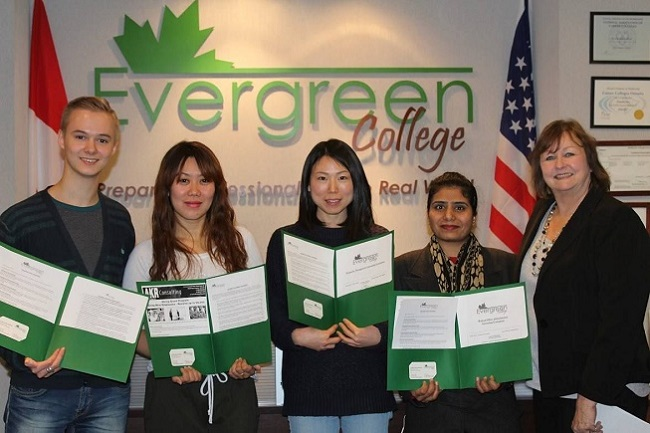 HỌC PERSONAL SUPPORT WORKER TẠI CANADA TRƯỜNG EVERGREEN