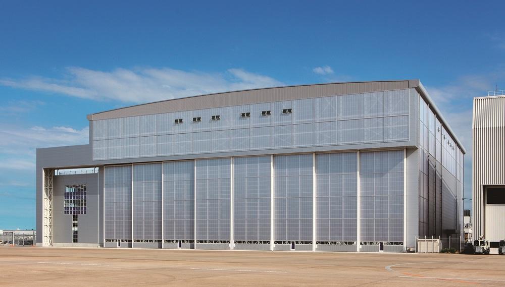 cua-danh-cho-nha-ga-san-bay-hangar