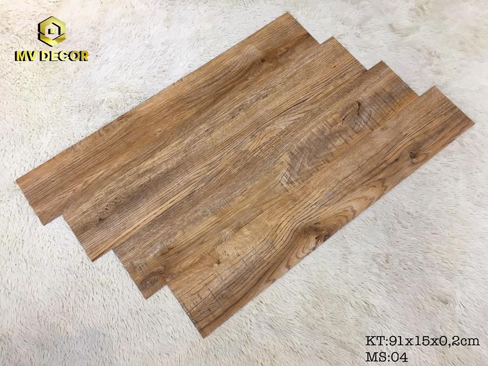 Sàn nhựa vân gỗ tự dính - Mã 04