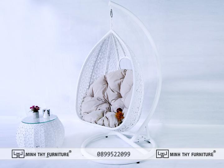 Ghế Xích Đu Nhựa Giả Mây Hình Quả Trứng