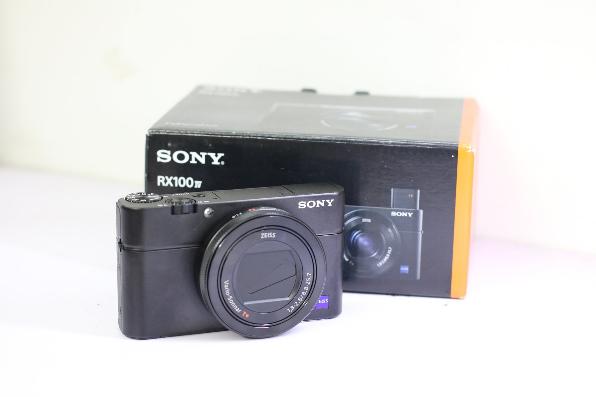 may-anh-sony-rx100-mark-iv-fullbox-chinh-hang