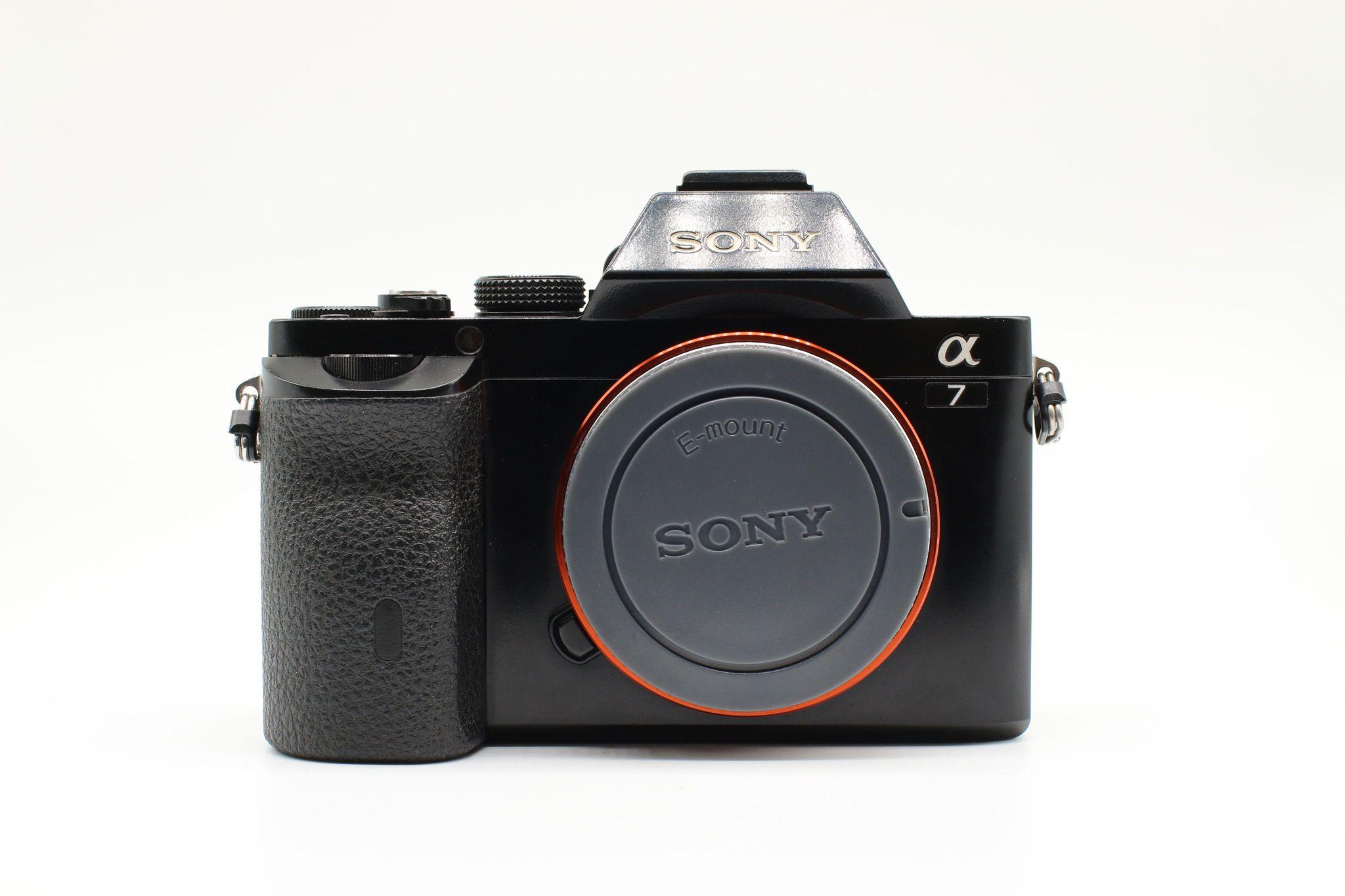 Máy ảnh Sony Alpha a7 Mirrorless ( Body)