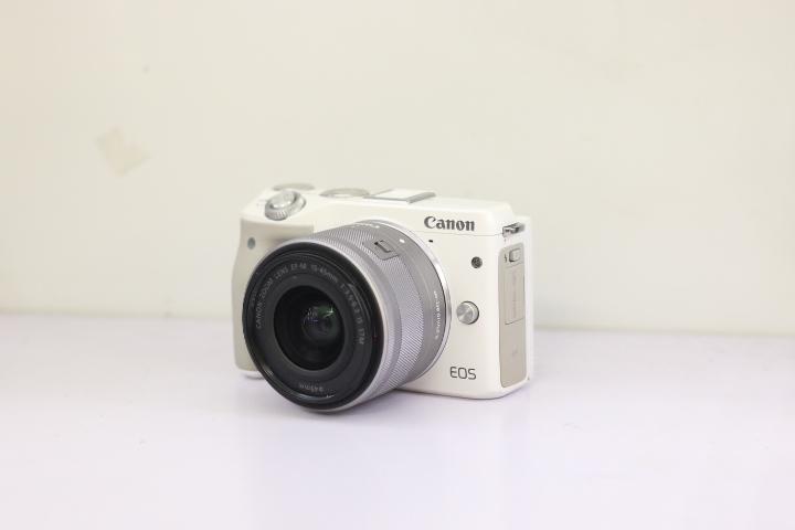 Máy ảnh Canon EOS M3 Kèm Ống 15-45 STM
