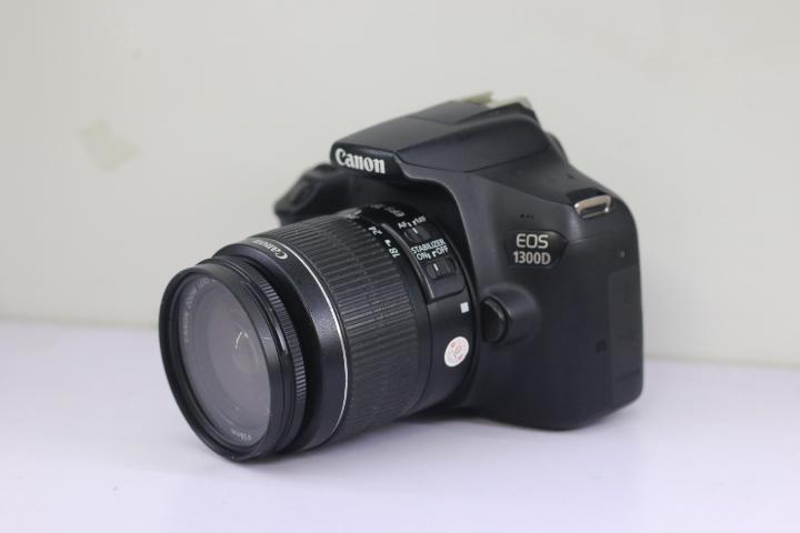 Canon 1300D kèm ống 18-55mm IS II Chính Hãng