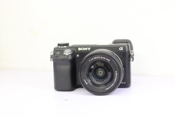 Máy ảnh Sony alpha Nex 6 kèm ống 16-50mm Đẹp