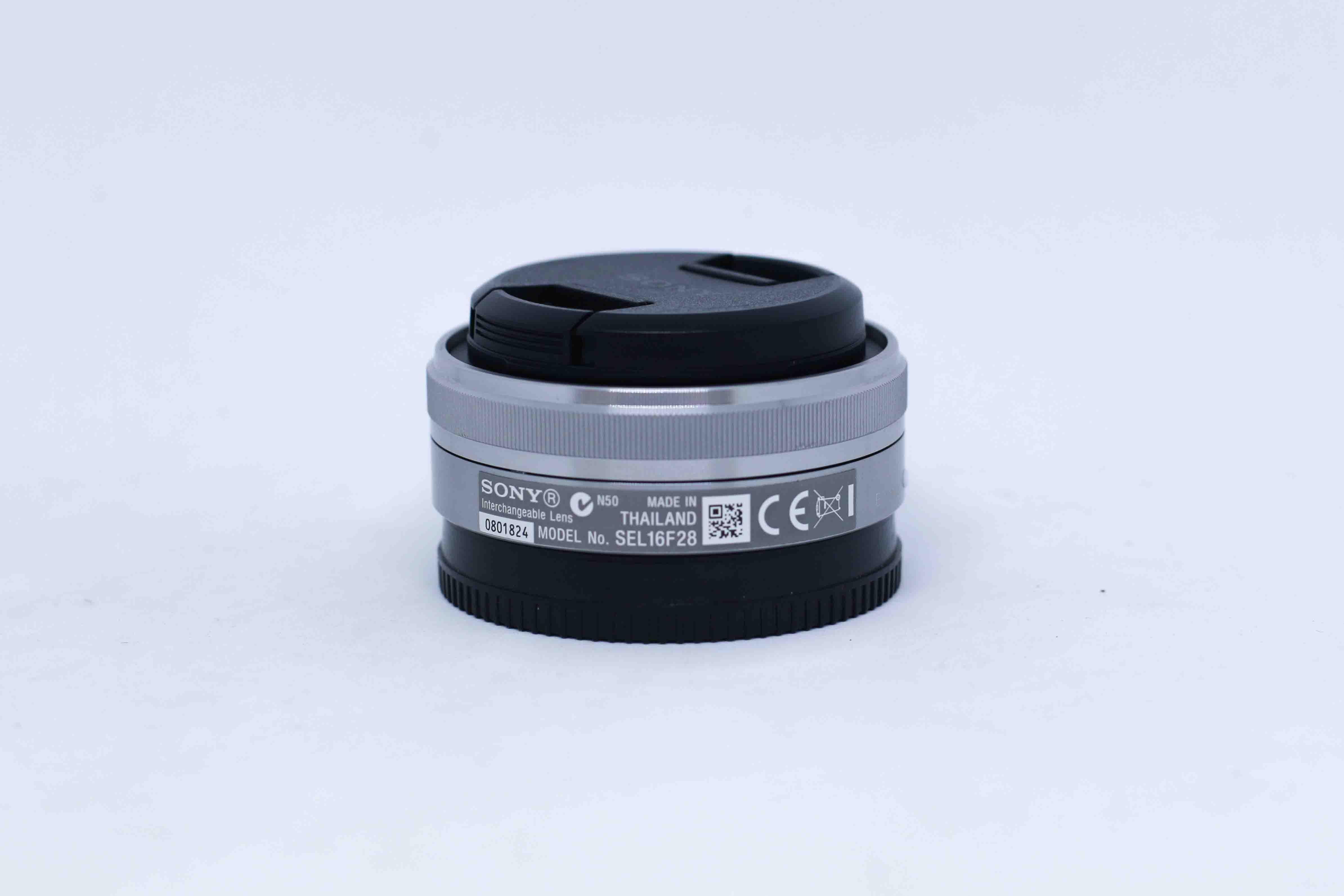 Ống kính Sony 16mm F/2.8