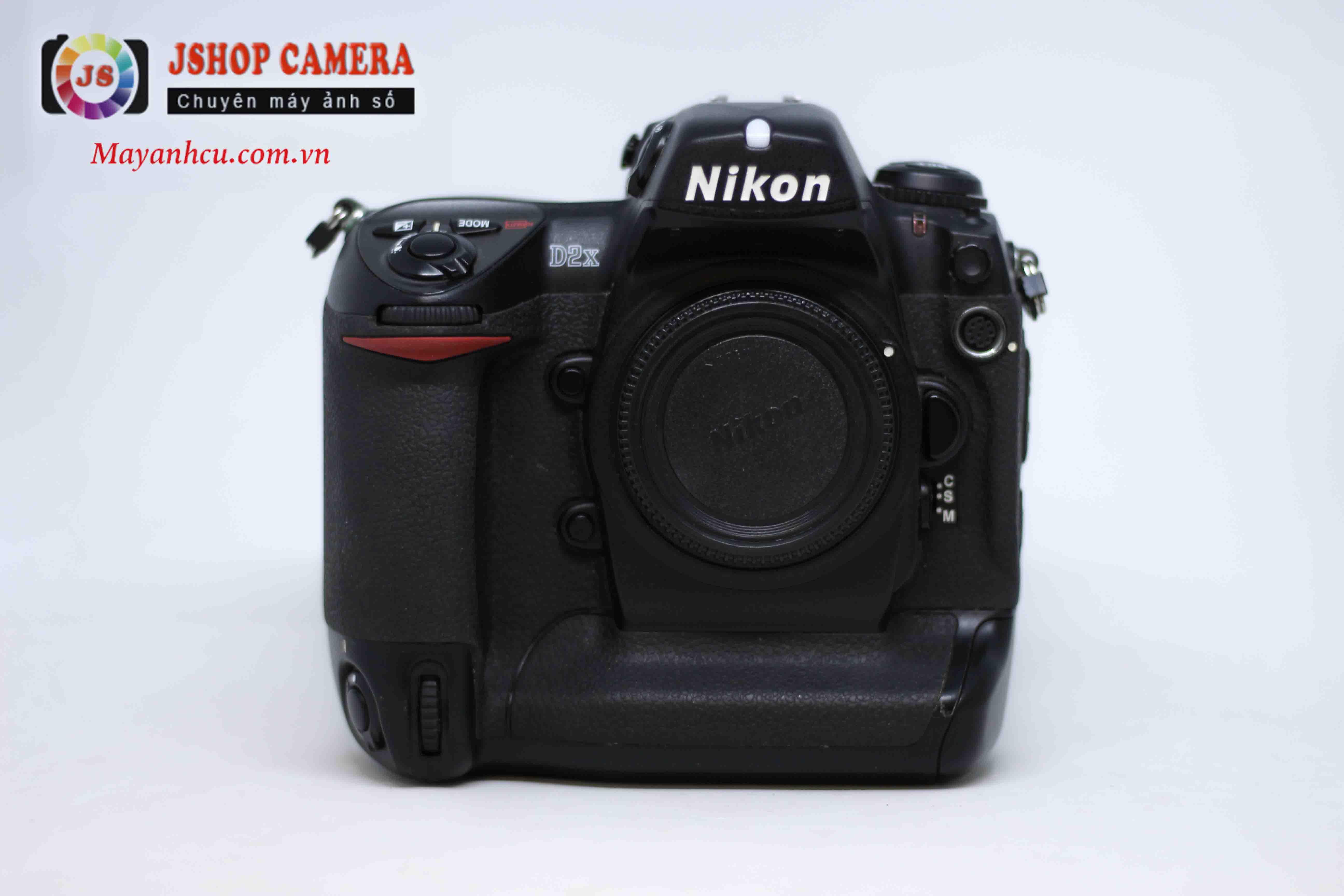 Máy ảnh Nikon D2X