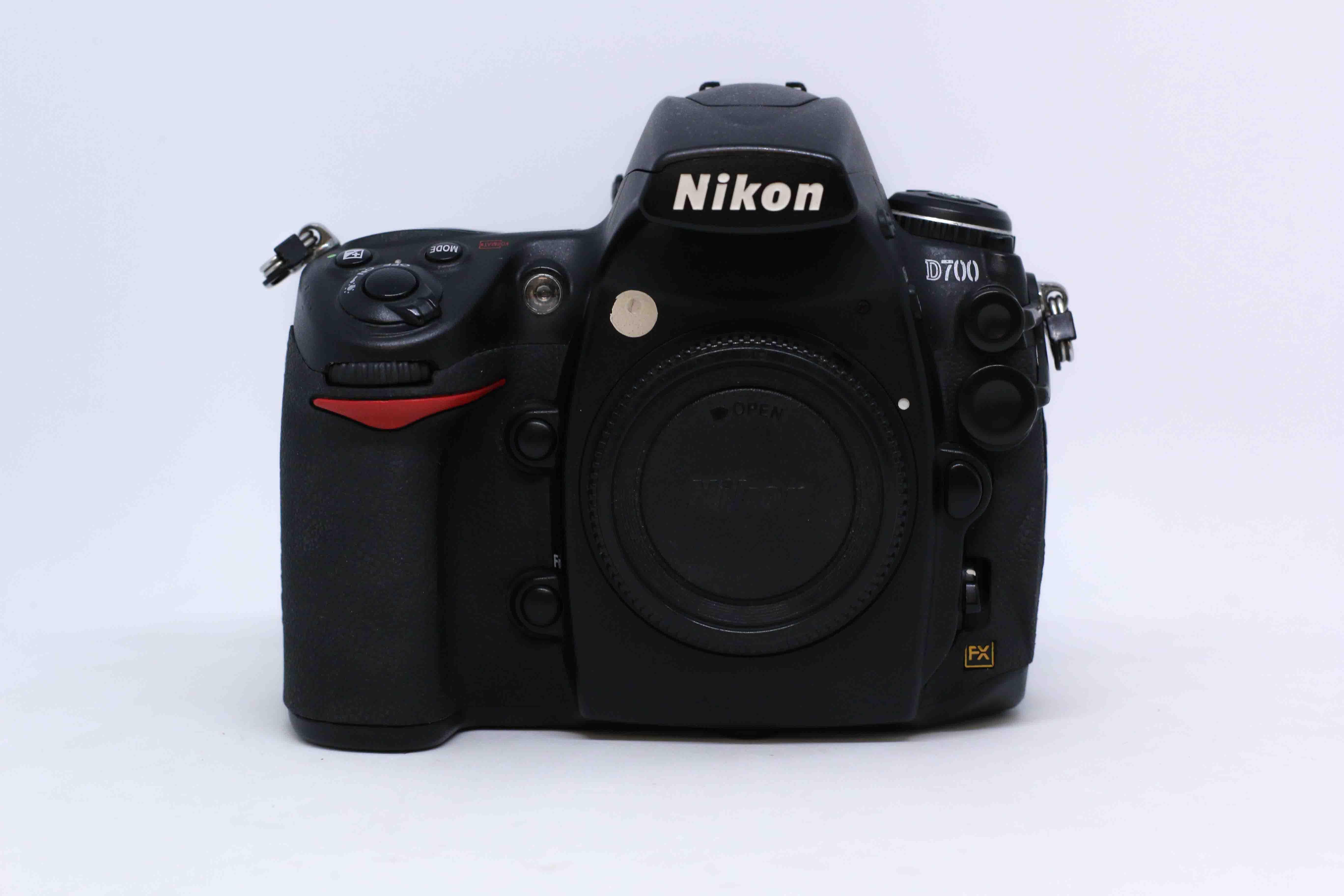 Máy ảnh Nikon D700