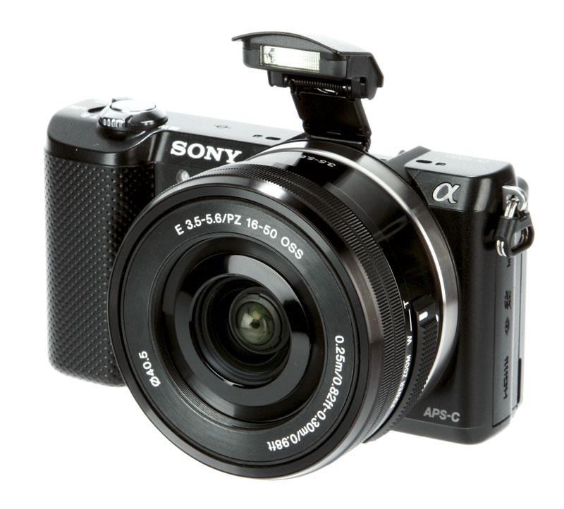 Sony A5000 + Kit 16-50 F/3.5-5.6 OSS