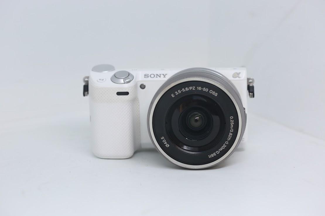 Sony Nex 5T + Kit 16-50 OSS