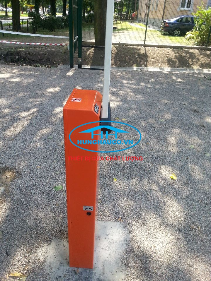 Barrier ITALIA   FAAC - 615 STD