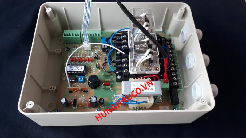 tủ điều khiển cổng lùa 3pha 380V + 2 remote