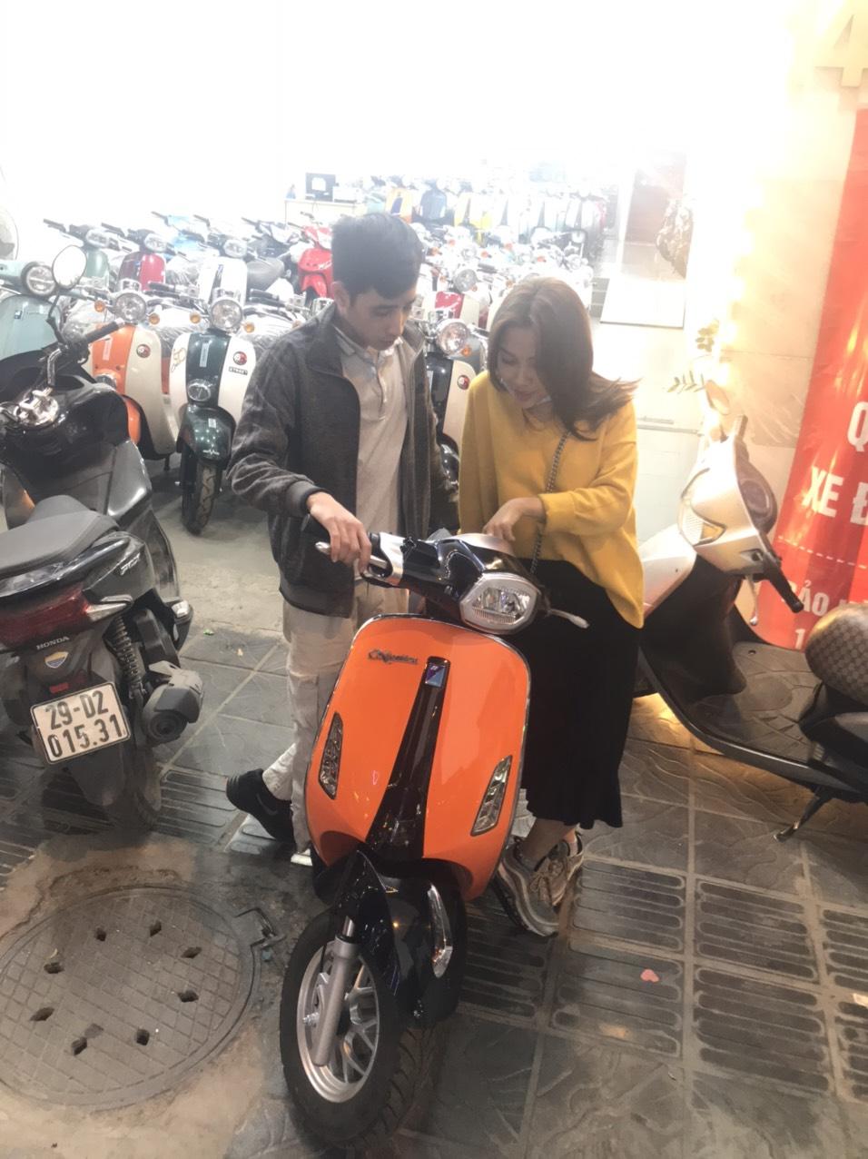 Vespa Nioshima 50cc màu cam