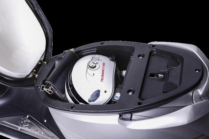 cốp xe xe máy điện tsubame Zennex