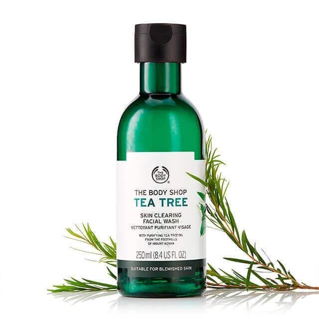 SỮA RỬA MẶT THE BODY SHOP TEA TREE SKIN CLEARING FACIAL WASH