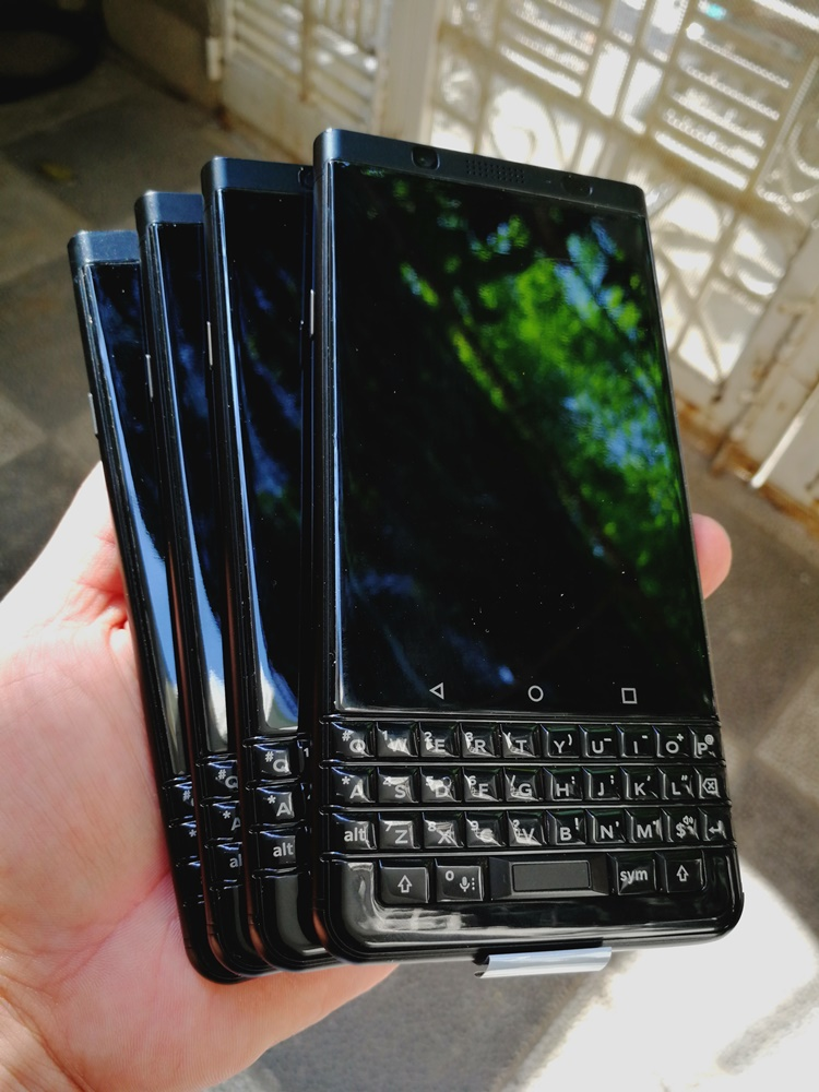 blackberry-keyone-phien-ban-limited-black-4g-64g