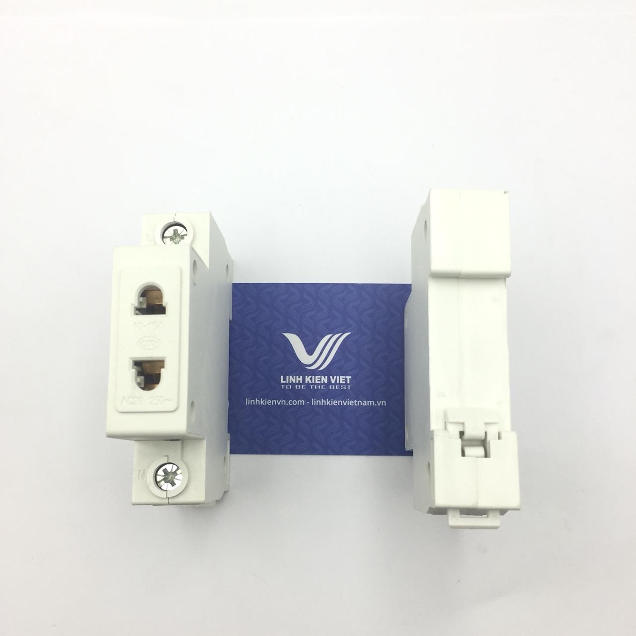 Ổ cắm cài 2 chân 16A/250V lắp đặt trong tủ điện i9H14