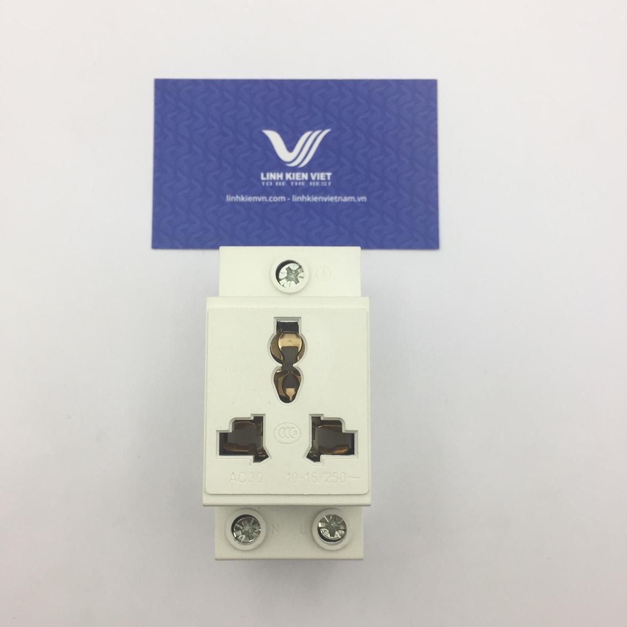 Ổ cắm cài 3 chân 16A/250V lắp đặt trong tủ điện i9H15
