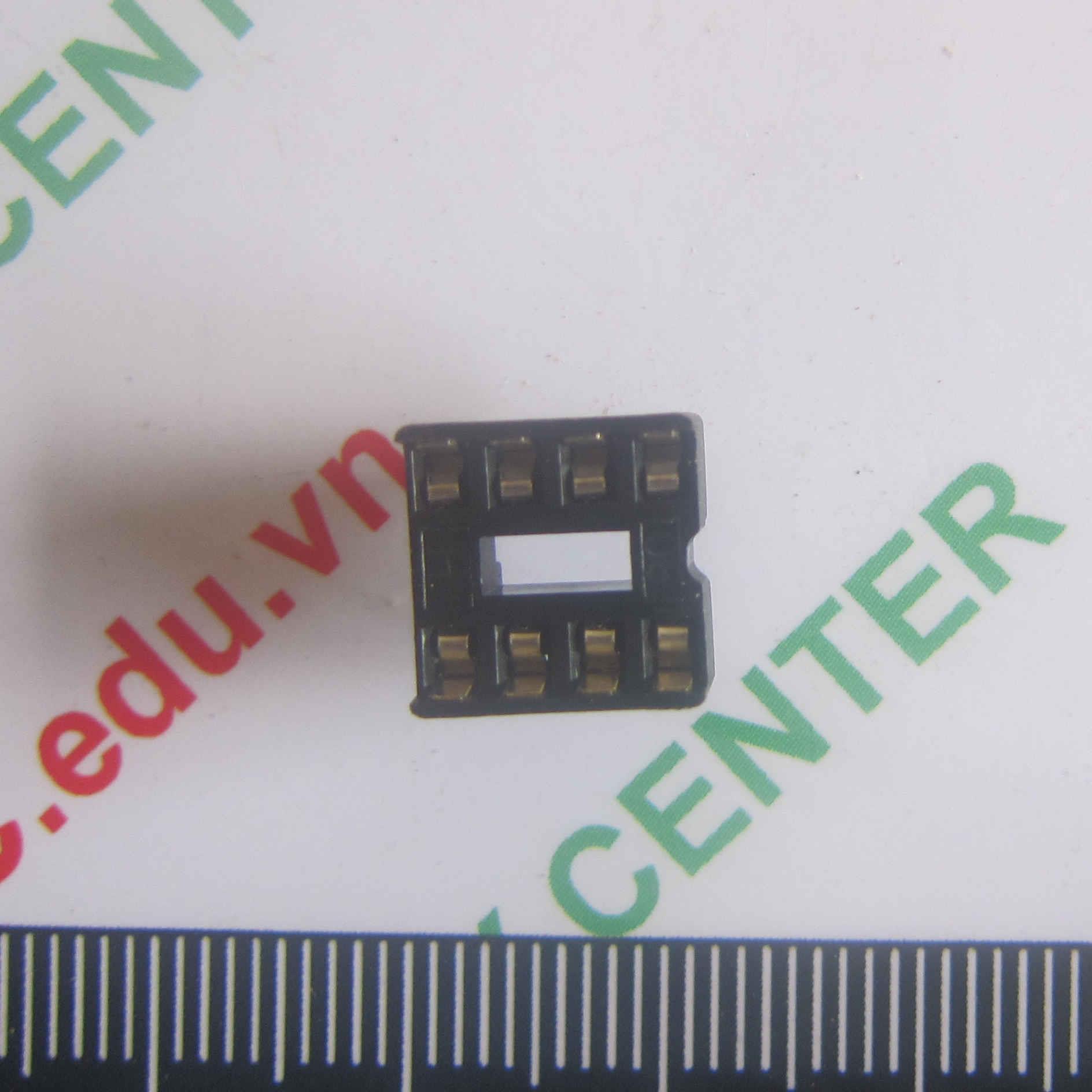 Đế IC 8 chân DIP8 - B4H8