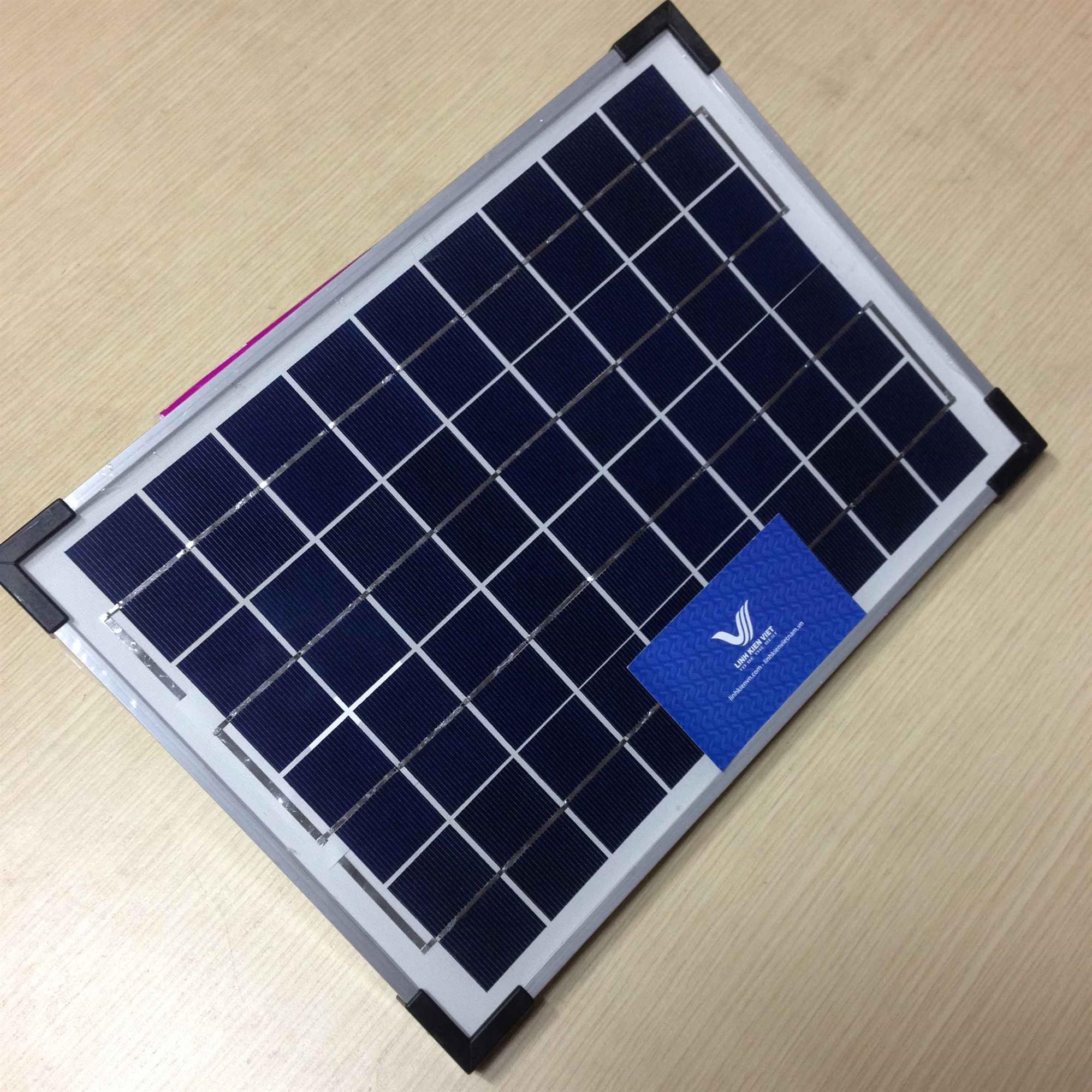 Pin năng lượng mặt trời 34x28.5cm 18V 10W (không khuyến mại)