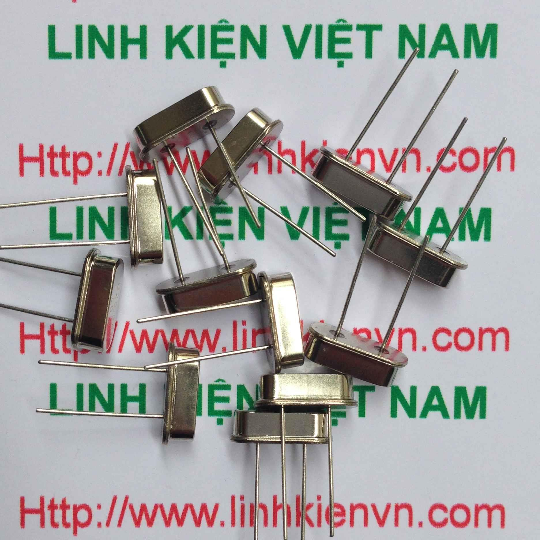 Thạch Anh 7.3728 MHZ - C1H4