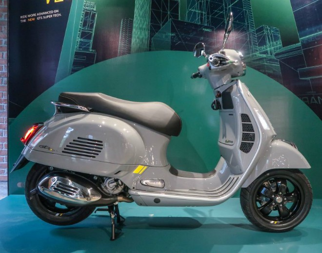 xe-ga-hang-sang-2021-vespa-gts-300-hpe-super-tech