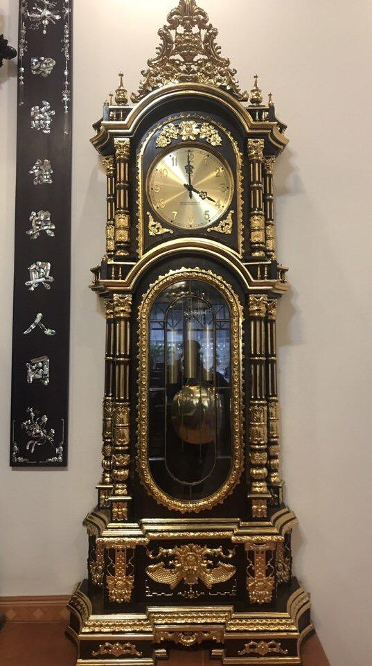 Đồng hồ quả tạ thiếp vàng