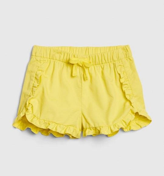 BG-Short vải Baby Gap vàng nhạt bèo nhún