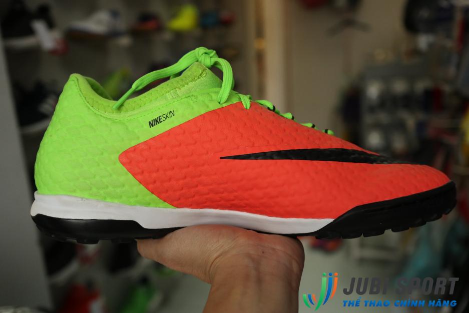 Giày bóng đá đế TF Nike 852573308