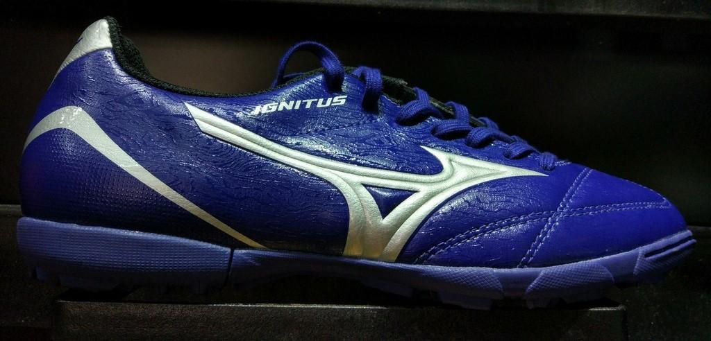 Giày bóng đá đế TF Mizuno P1GD173203
