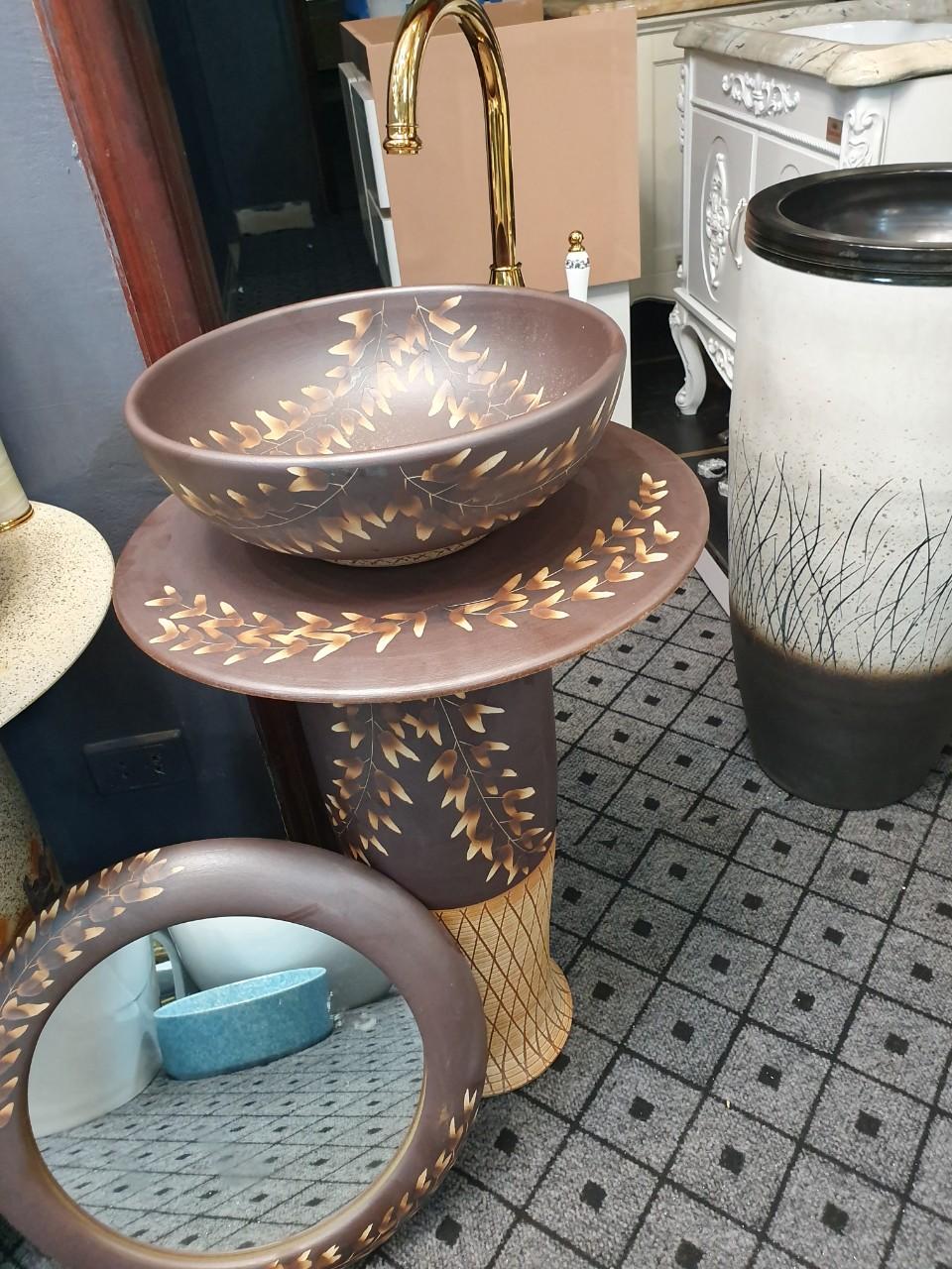 lavabo-dung-den-hoa-vien-nau
