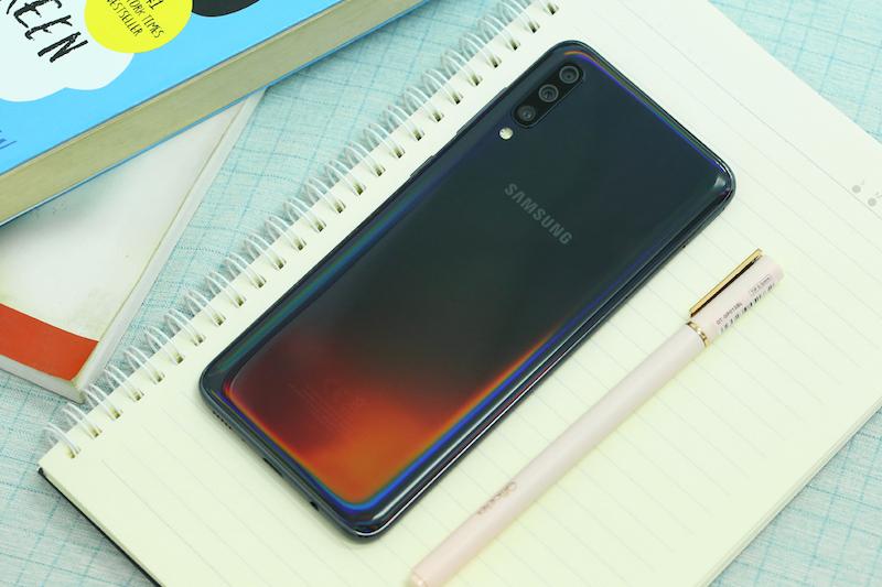 Samsung Galaxy A70 - 99% - BH 5/10/2020 - Màu đen