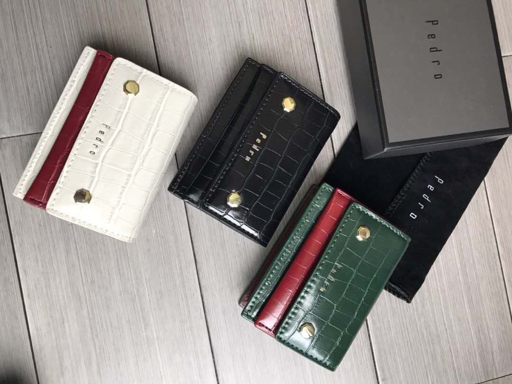 Ví PEDR🅾️ Croc-Effect Embossed Leather Card Holder
