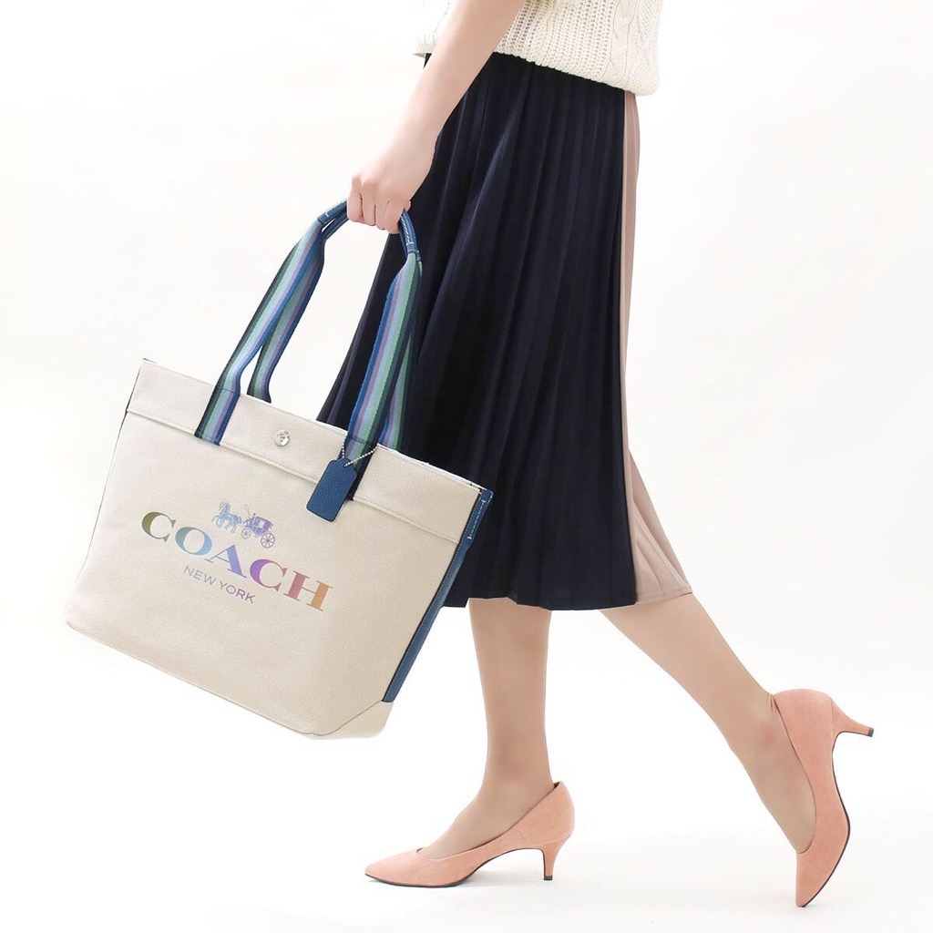 TÚI C0🅰️CH CANVAS TOTE with HORSE AND CARRIAGE In Natural