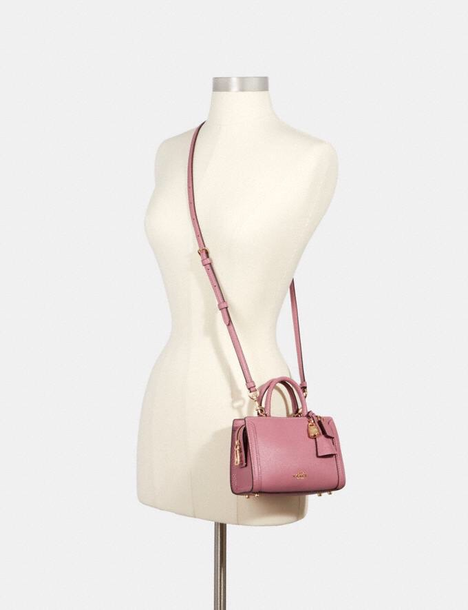 TÚI CO🅰️CH MICRO Zoe Crossbody