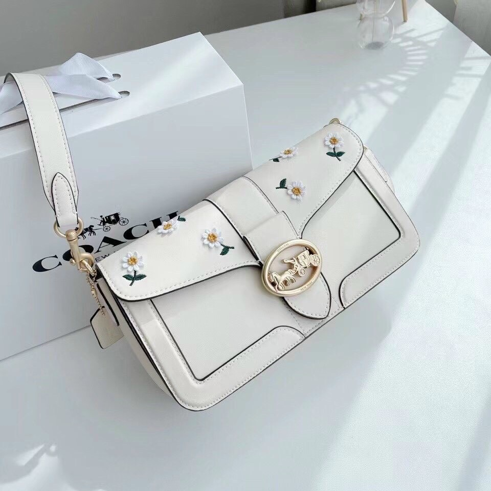 tui-c-ach-georgie-shoulder-bag-with-daisy-embroidery