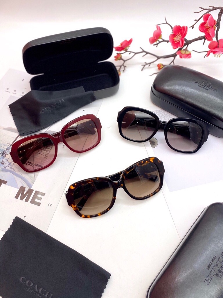 kinh-c0-ch-nu-zoey-heart-sunglasses