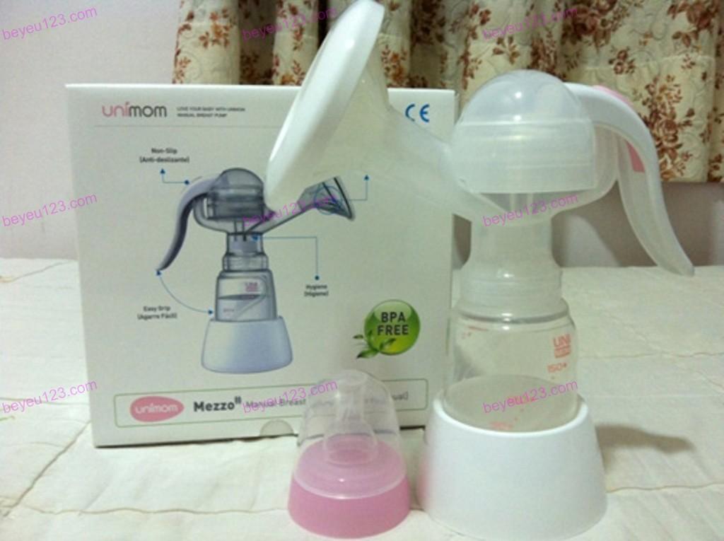 Máy hút sữa bằng tay có maxa silicon UNIMOM MEZZO UM880052 (Hàn Quốc)