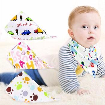Khăn vải yếm tam giác có nút bấm giữ ấm cổ thời trang cho bé