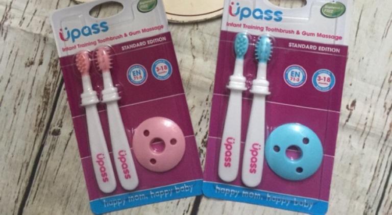 Bộ 2 bàn chải mát xa nướu và tập đánh răng an toàn cho bé Upass Thái Lan - UP4003N