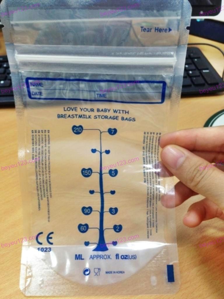 Hộp 30 túi trữ sữa mẹ không có BPA 210ml UNIMOM COMPACT UM870268 (Hàn Quốc)