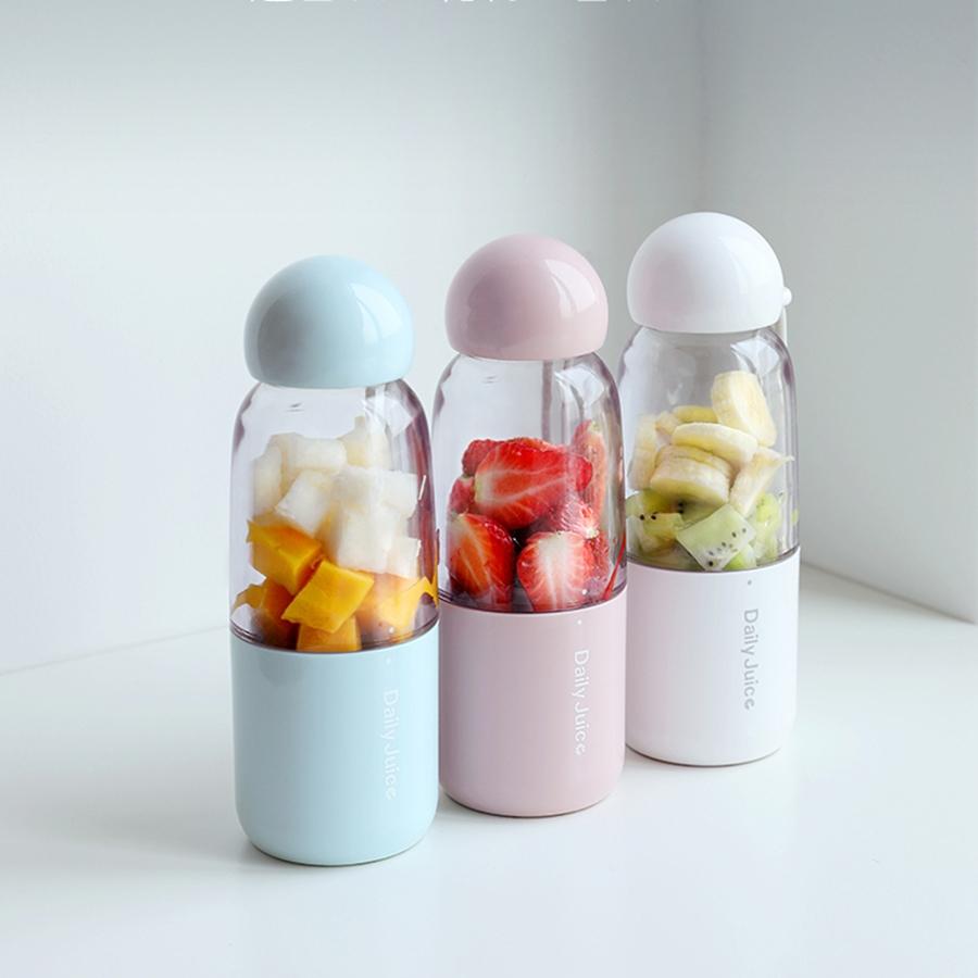 may-xay-cam-tay-daily-juice-chay-pin-sac