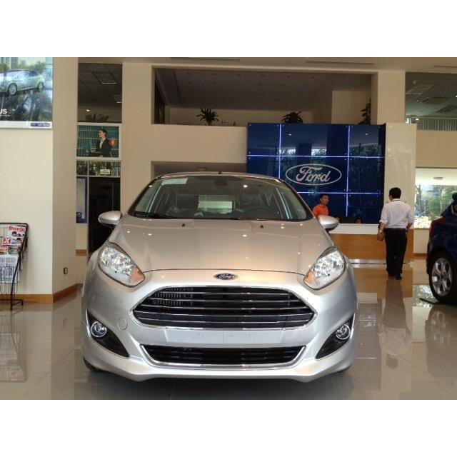 Ford Fiesta Ecoboost 1.0 AT 5D ( Hatchback 5 cửa ) 2018