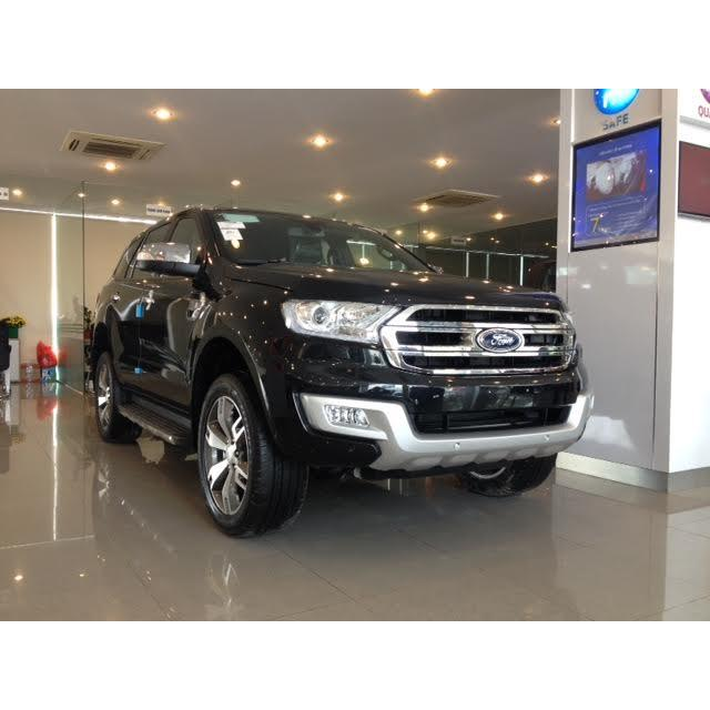 EVEREST 4x2 AT, 2.2L Titanium, new 2018