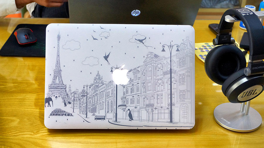 Ốp Macbook Paris - C016 - Macbook Air 13