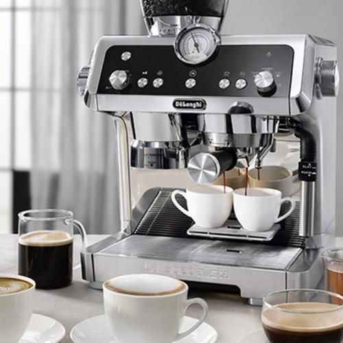 Máy pha cafe Delonghi EC9335.M