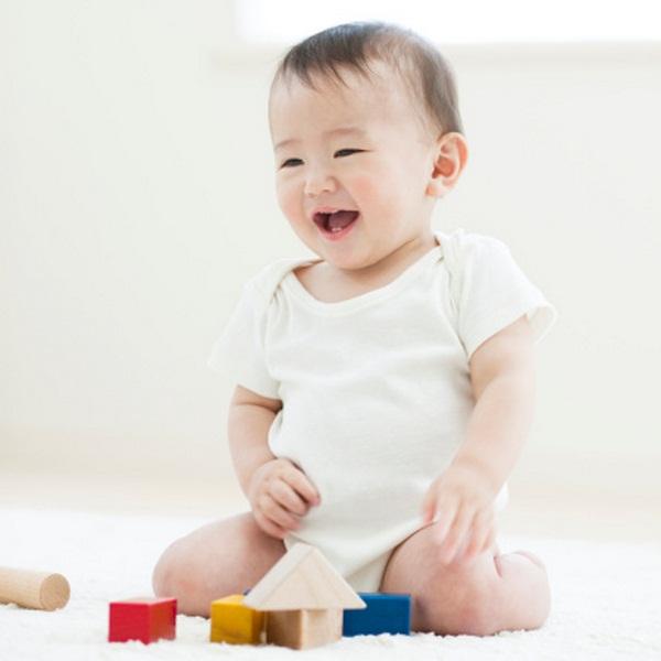 Sữa bột Mỹ Similac Advance Over 30% More tốt cho hệ miễn dịch của bé từ 0-12 tháng