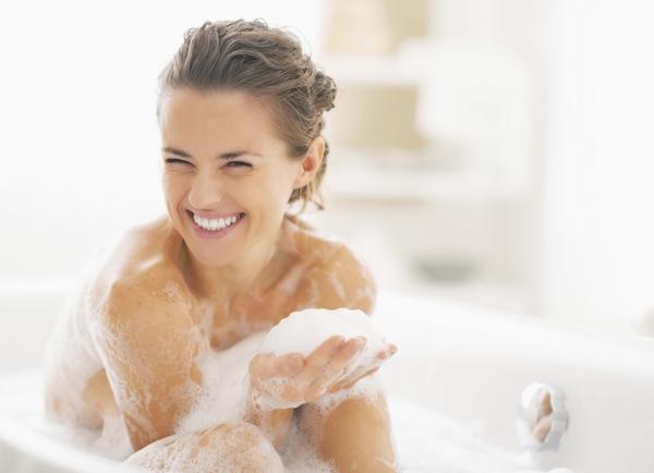 Sữa tắm Senka Perfect Bubble - Hoa đinh hương & Hoa hồng 500ml
