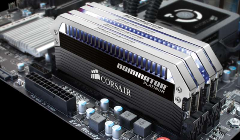RAM Corsair Dominator Platinum DDR4 16gb 3200MHz
