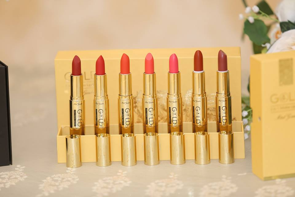 Gold 2 in 1 matte lipstick